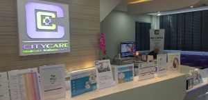 L'UFE Phuket rencontre City Care 01